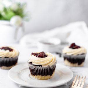 Tiramisu Bakery - Black Bottom Cupcake