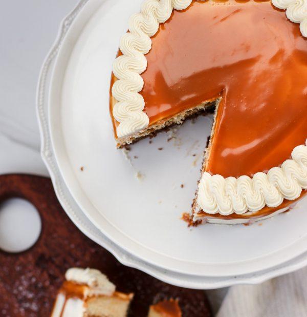Tiramisu Bakery - Caramel Cake full