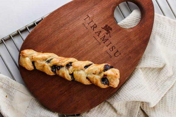 Tiramisu Bakery - Chocolate Twist scaled