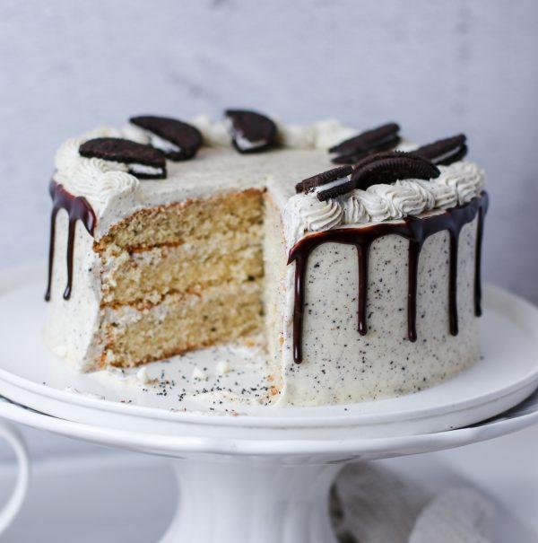 Tiramisu Bakery - Cookies and Cream Cake full