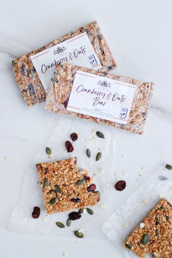 Tiramisu Bakery - Cranberry Oat Bars scaled