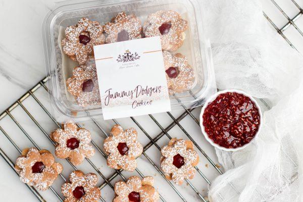 Tiramisu Bakery - Jammy Dodger Cookies scaled