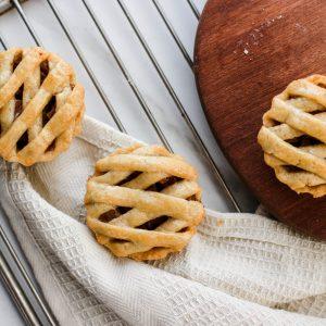 Tiramisu Bakery - Mini Apple Pies