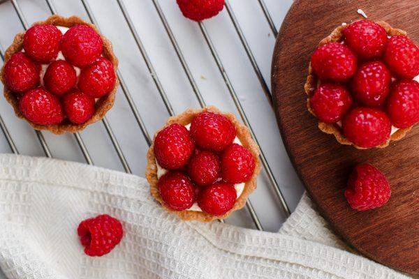 Tiramisu Bakery - Mini Raspberry Tarts scaled