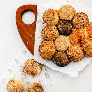 Tiramisu Bakery - Party Wheel Bread