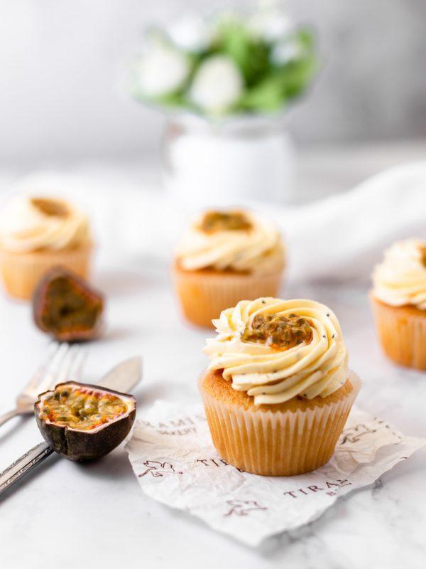 Tiramisu Bakery - Passion Curd Cupcake