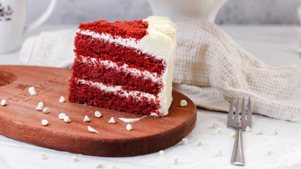 Tiramisu Bakery - Red Velvet Cake slice