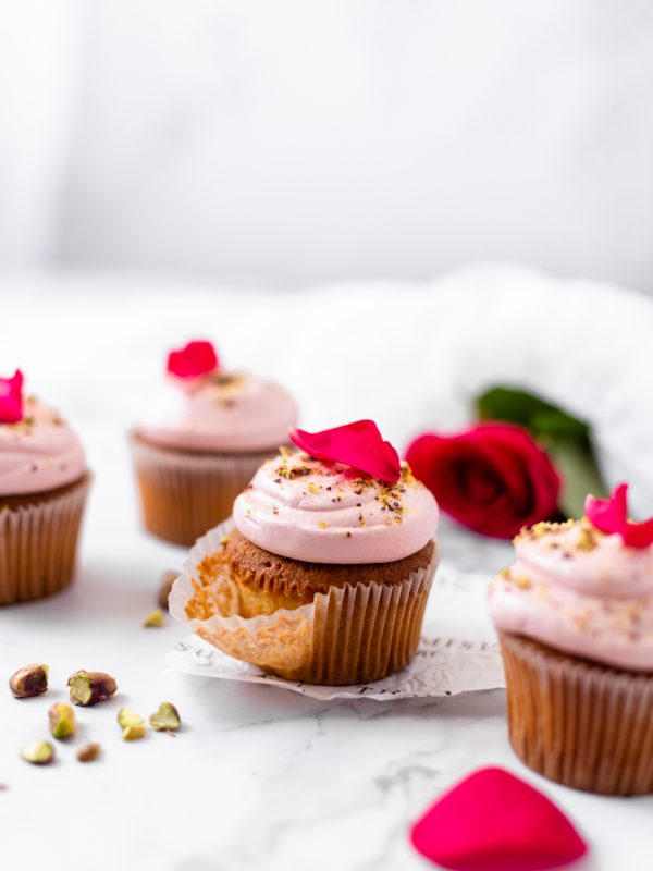 Tiramisu Bakery - Rose Pistachio Cupcake