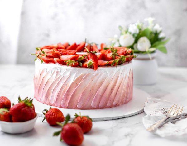 Tiramisu Bakery - Strawberry Chiffon Cake