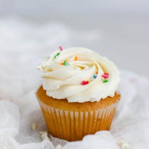 Tiramisu Bakery - Vanilla Cupcakes