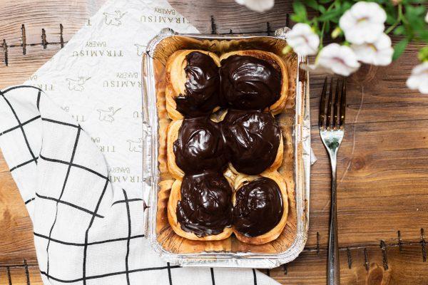 Tiramisu Bakery - Chocolate Cinammon Rolls scaled